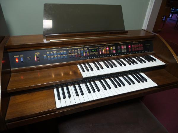 Pre-Owned Lowrey Pageant $1395