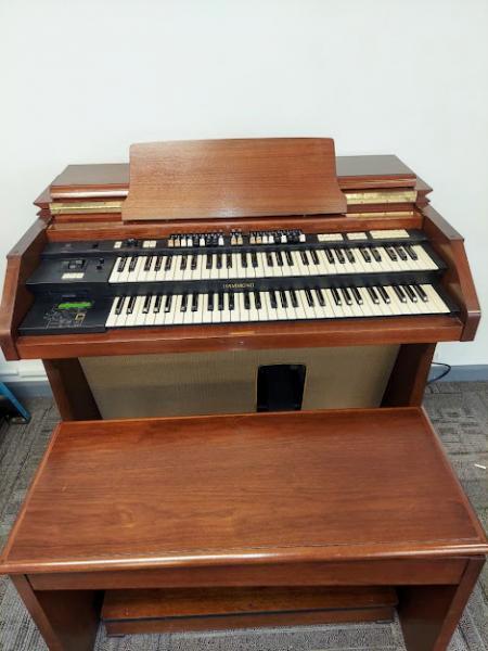 Hammond A305 Console Church Organ