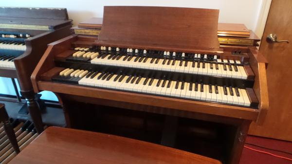 Hammond C3 Organ     -      STK# A083049