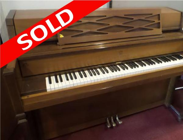 Pre-owned Story & Clark Console Piano