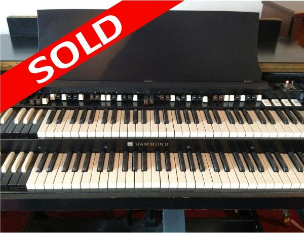 Used Hammond B3 with 122RV Leslie Speaker